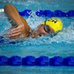 Perfectionner ses séances de natation avec un bracelet connecté étanche